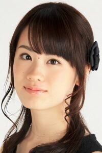 นักแสดงหลักๆของตัวละครใน มังงะ เเละอนิเมะ เรื่องดังอย่าง มหาเวทย์ผนึกมาร as Nobara Kugisaki ซึ่งเธอเป็นคนพากย์